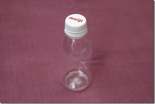 和装の水分補給はミニペットボトルで上品に♪ ~ラッパ飲みはNG~