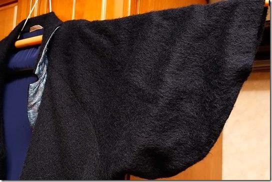 縮んでしまったコート…… 何とか着たい!