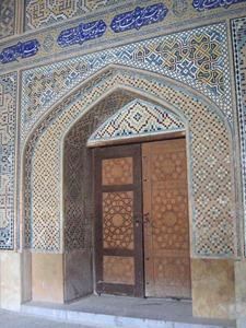 Détail_porte_madreseh-e-chahar_bagh_esfahan